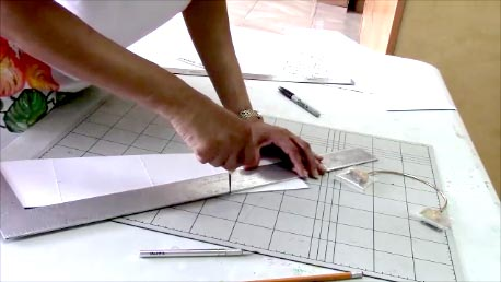 Easy pattern making instructions for designer handbags.